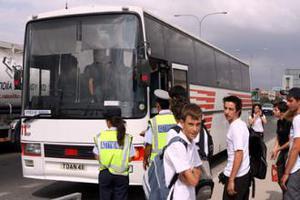 Διαμαρτυρία για τη μεταφορά μαθητών στην π. Ε.Ο. Θεσσαλονίκης- Καβάλας